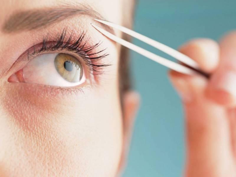 Как правильно выщипать брови самостоятельно: фото и видео-урок