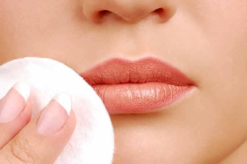 Как и чем снимать макияж