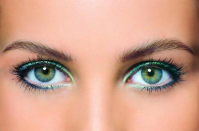 зеленые тени для глаз