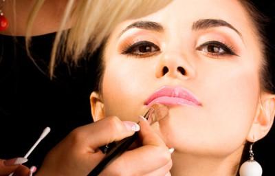 Какие средства нужны для макияжа