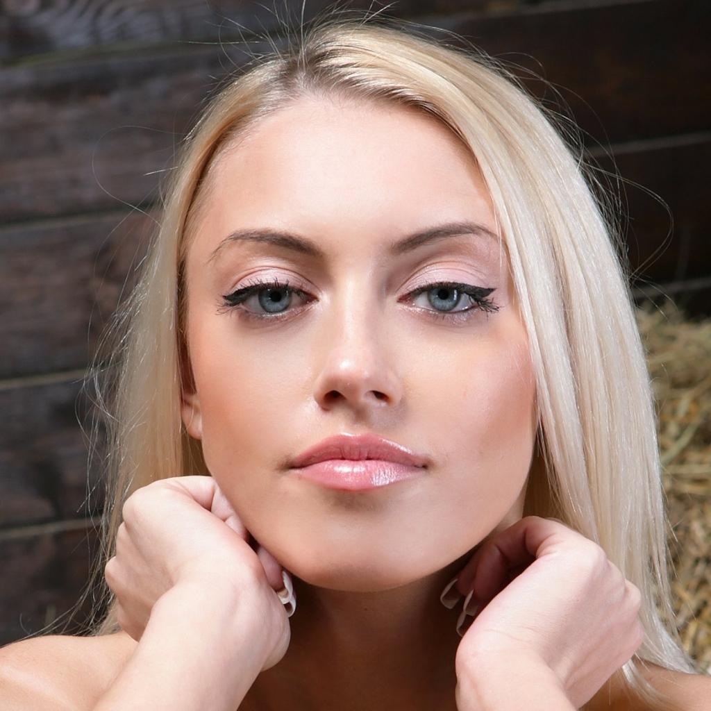 Цвет румян для натуральных блондинок