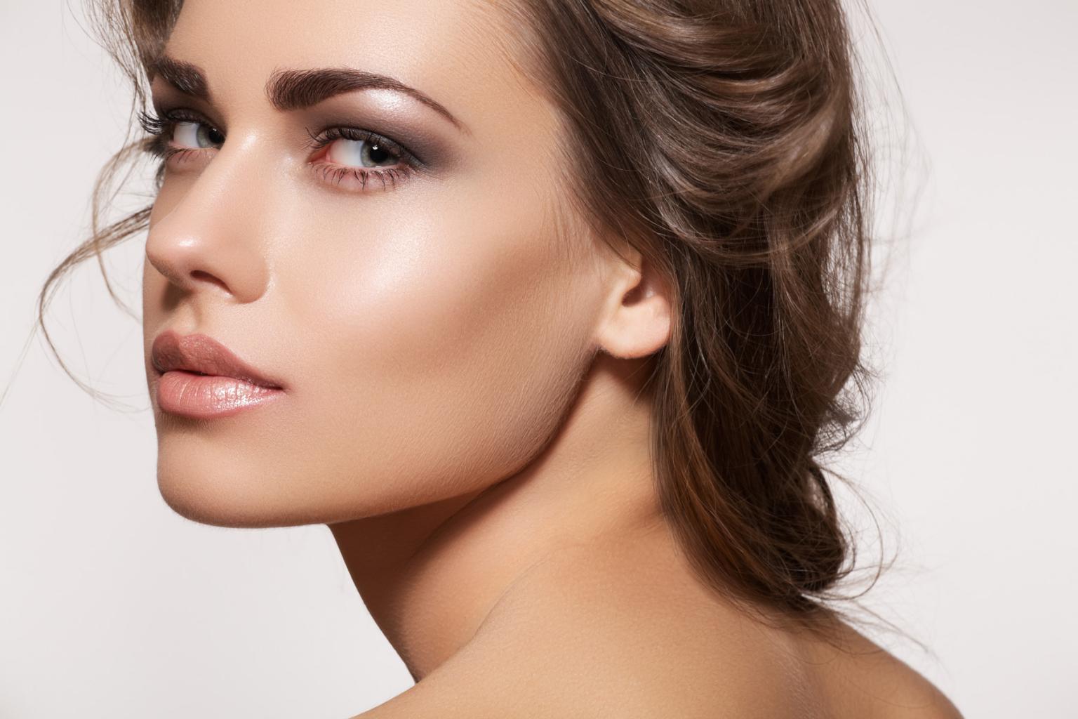 Как делают макияж ухоженные девушки фото